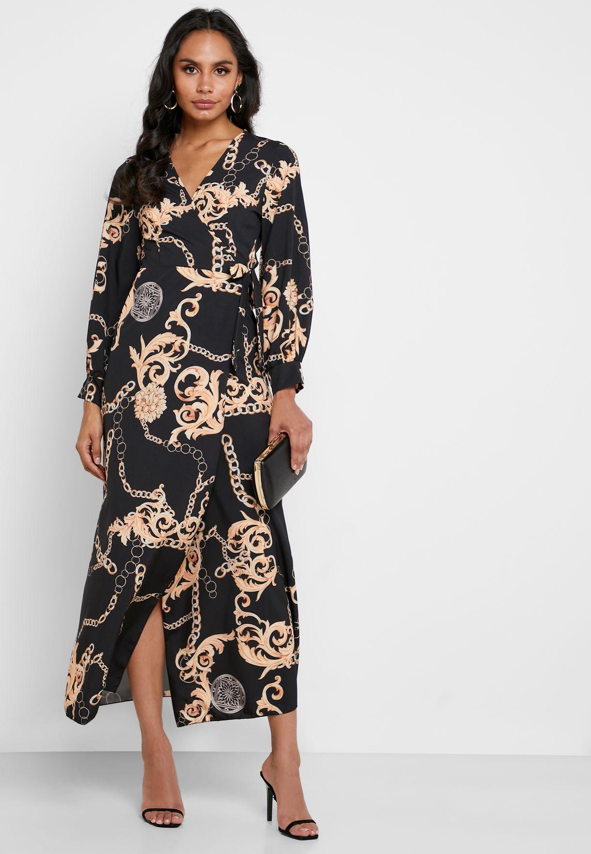 فستان مطبع بتصميم ملفوف