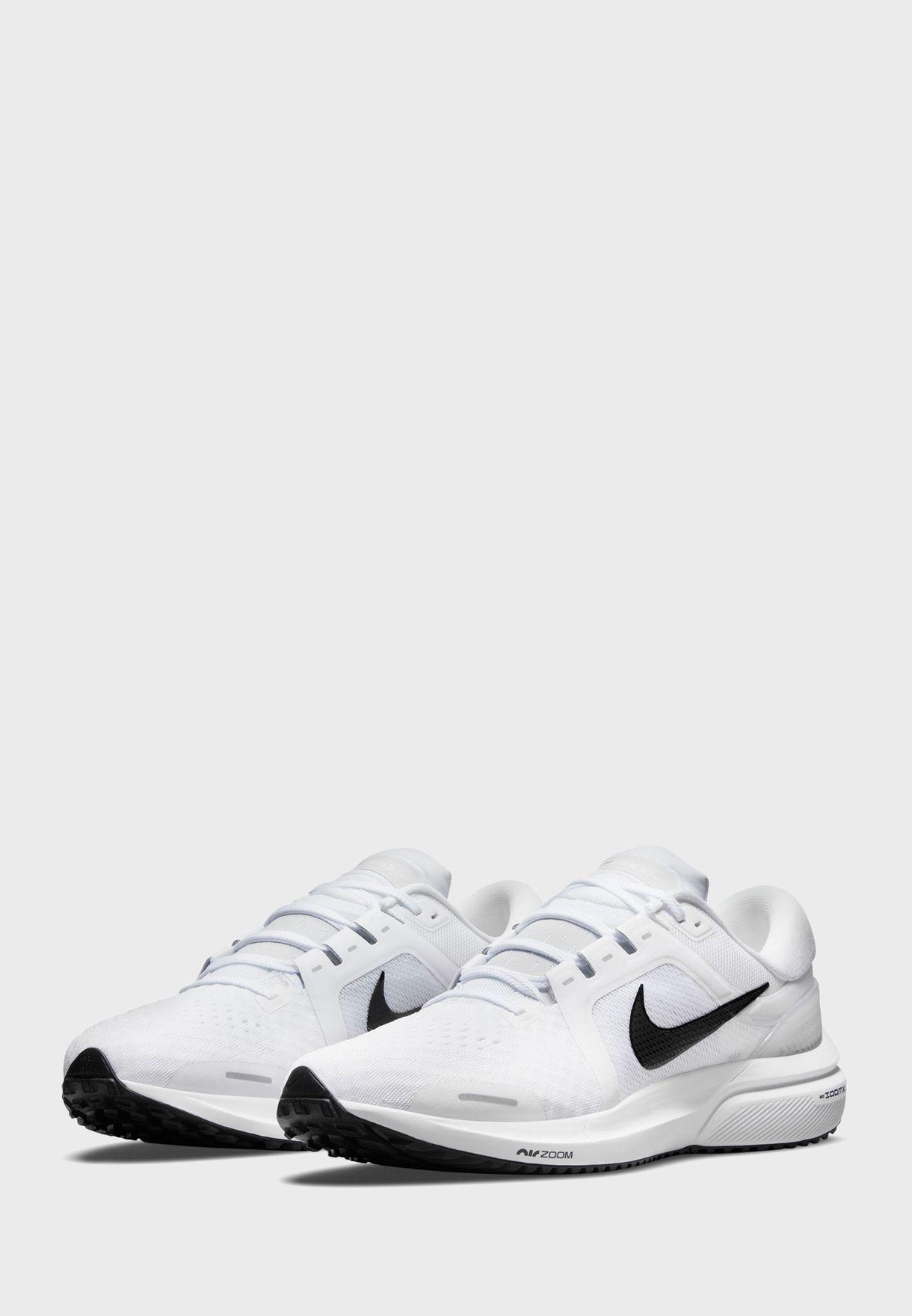 حذاء اير زوم فوميرو 16
