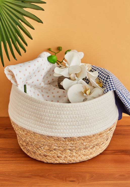 White Dip Straw Basket