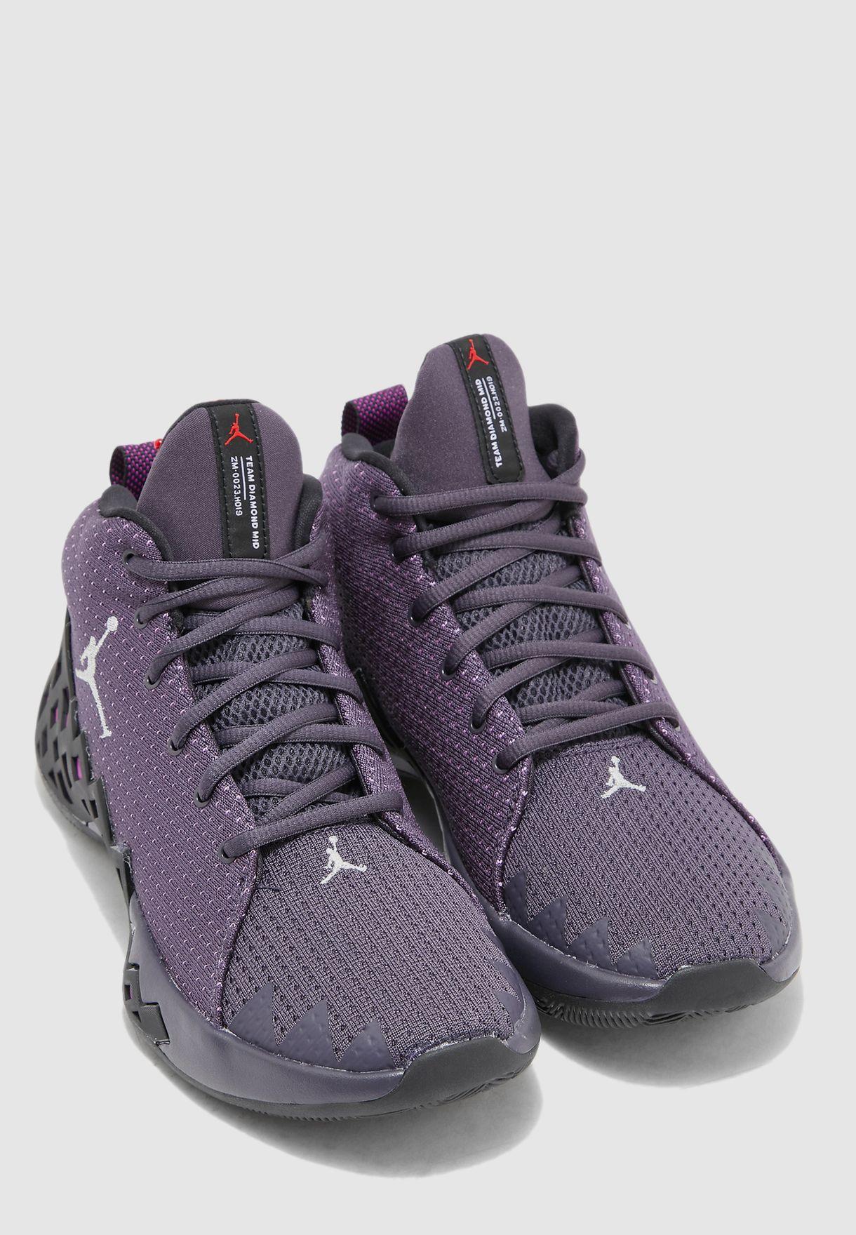 Buy Nike Multicolor Jumpman Diamond Mid for Men in Mena