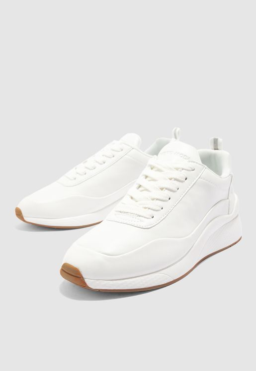 Alma Low Top Sneaker