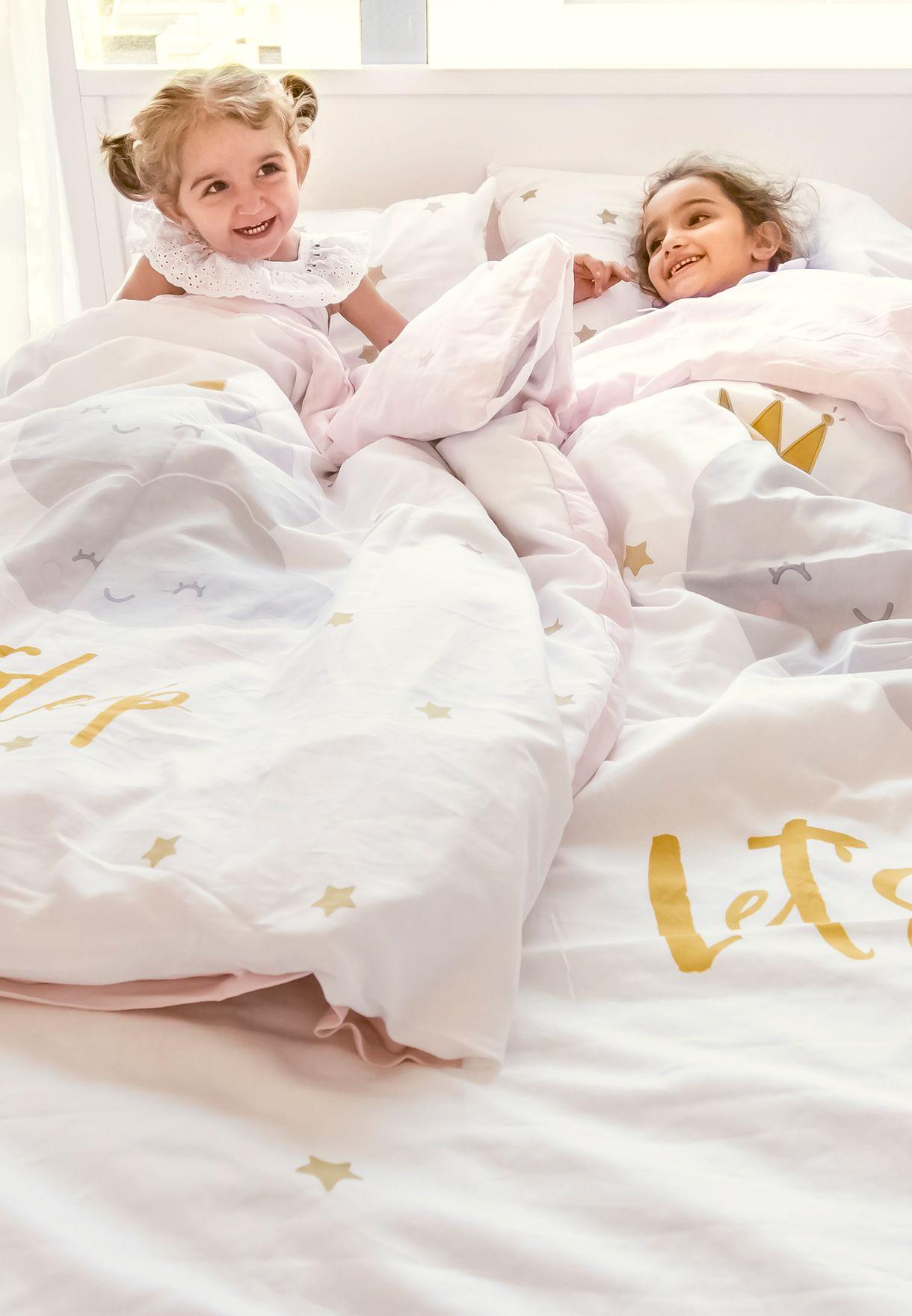 غطاء سرير وغطاء وسادة