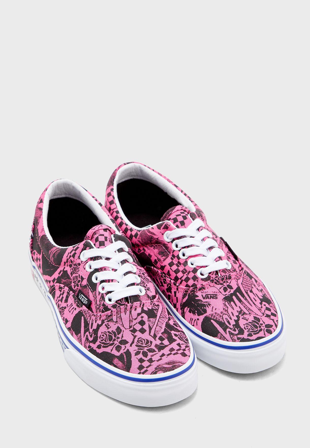 حذاء مطبع
