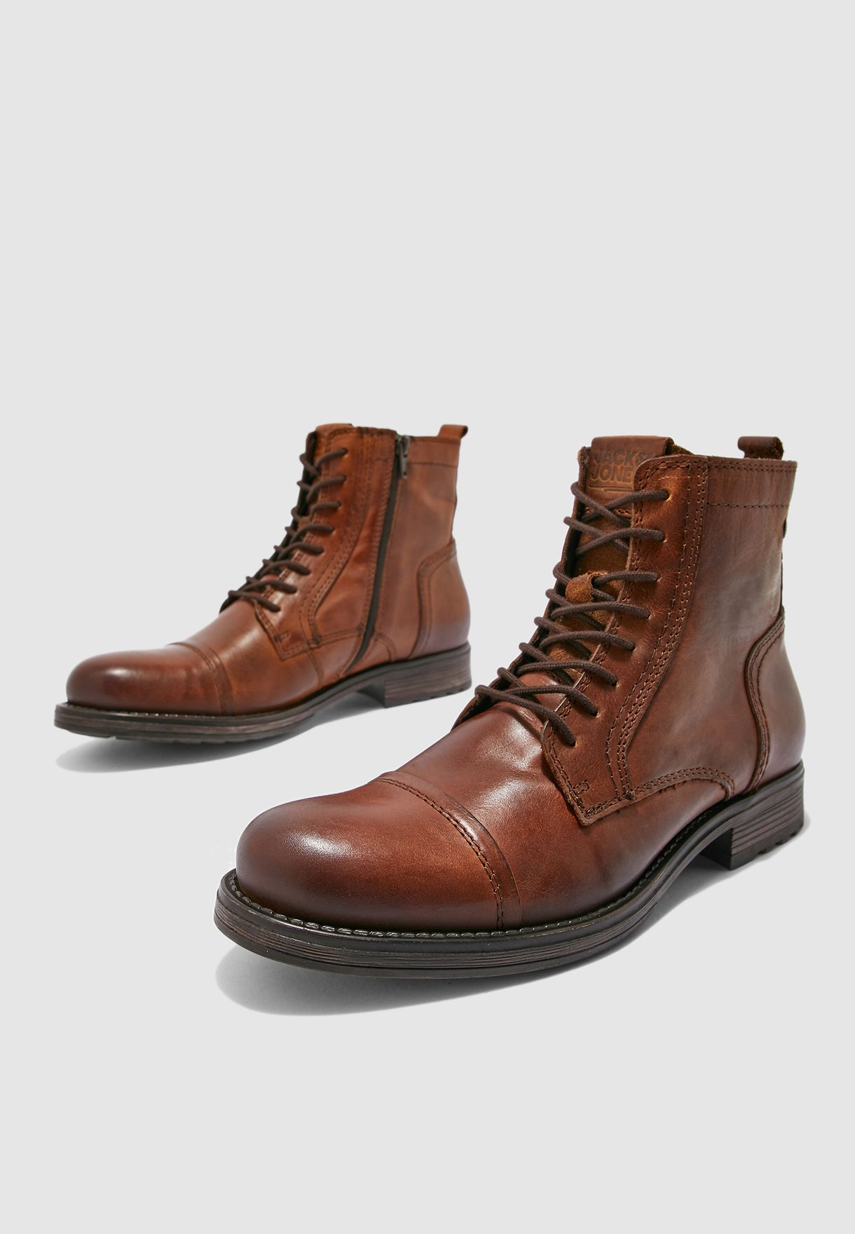 Russel Boots