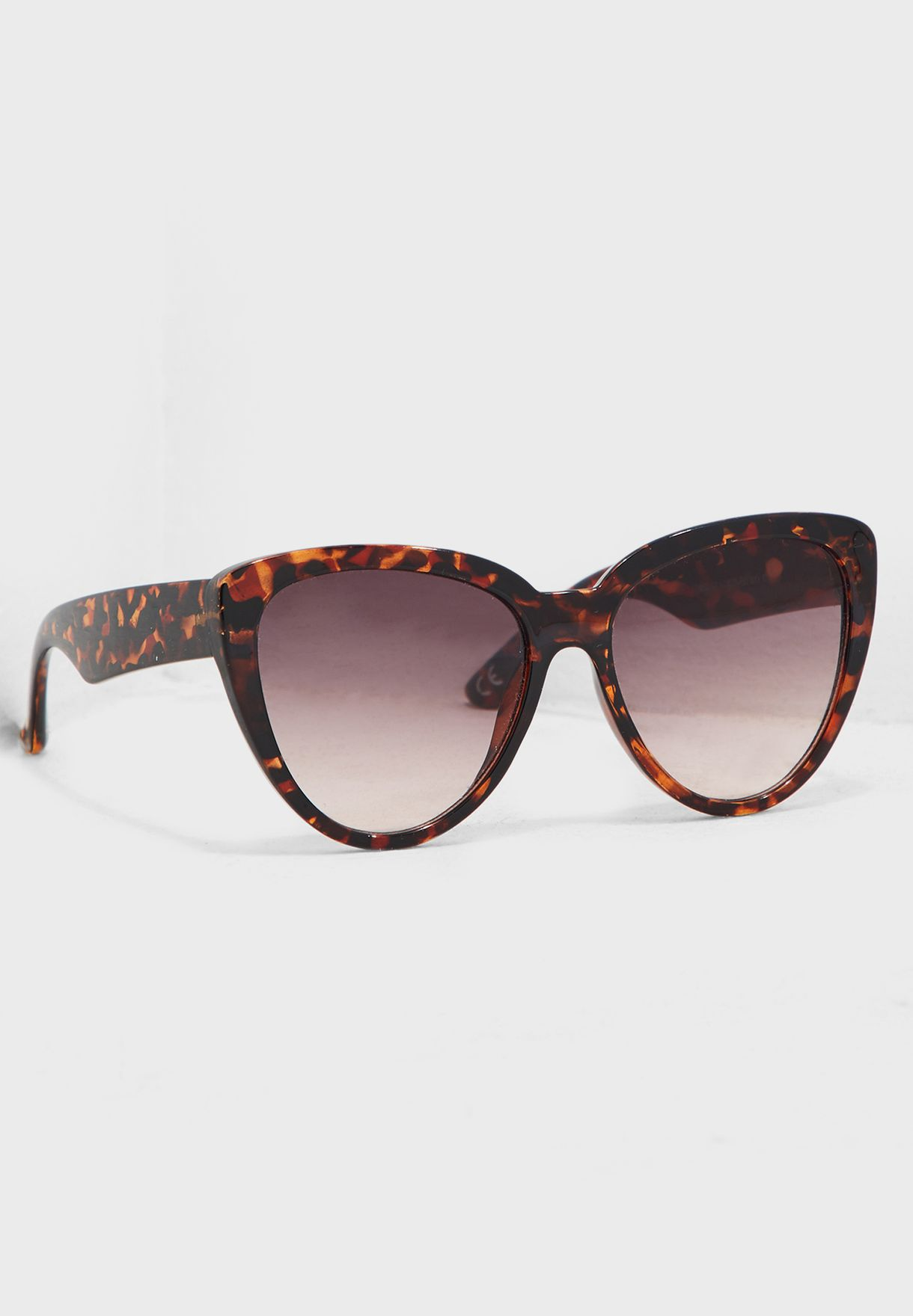 Celia Oversized Cat Eye Sunglasses