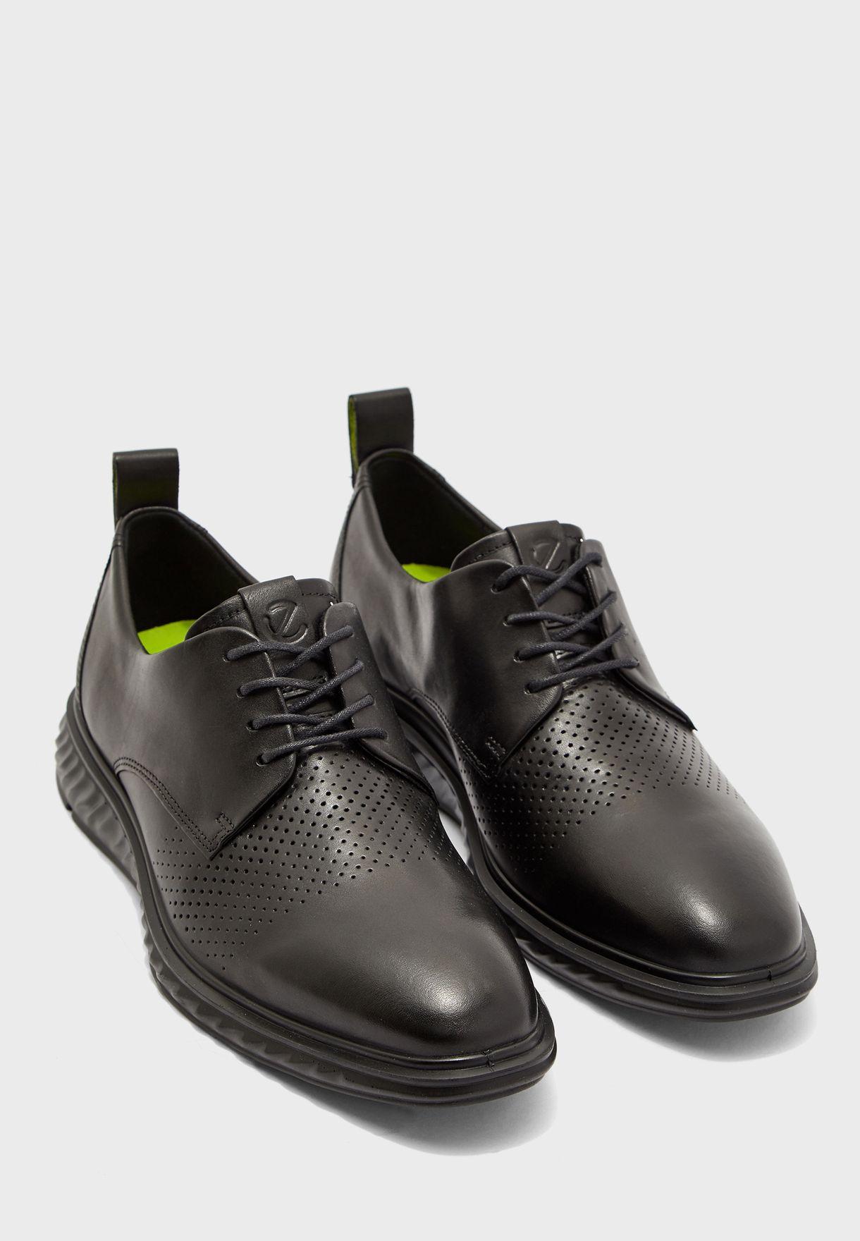 Hybrid Lite Sneaker