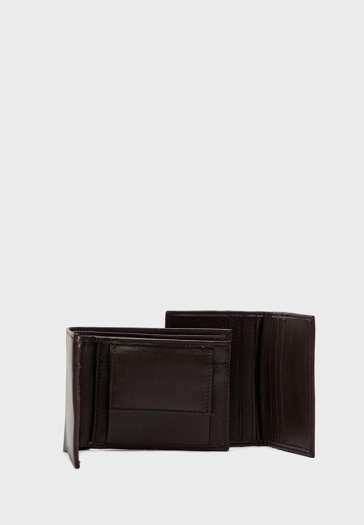 طقم هدايا 4 في 1 محفظة نقود ومحفظة بطاقات وسلسلة مفاتيح وحزام