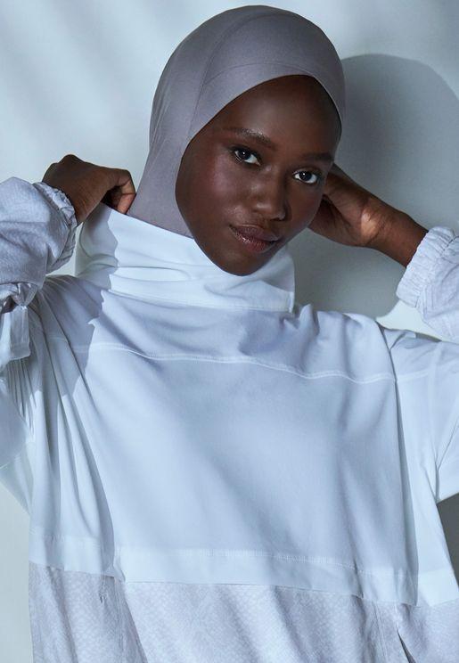 حجاب رياضي متقاطع