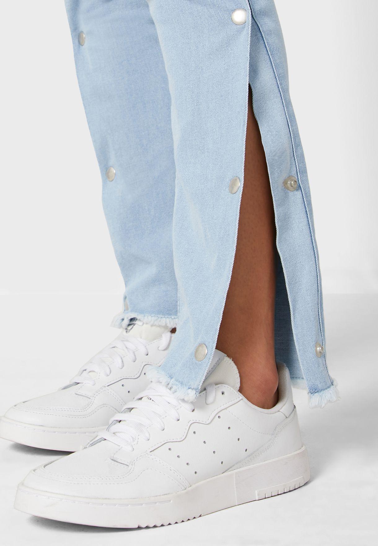 Button Trim Side Slit Jeans