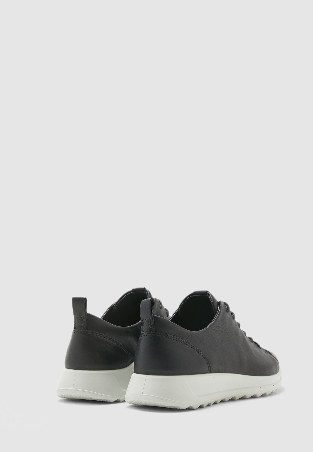 حذاء فليكسور رنر دبليو