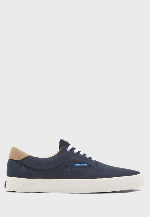 Mork Sneakers