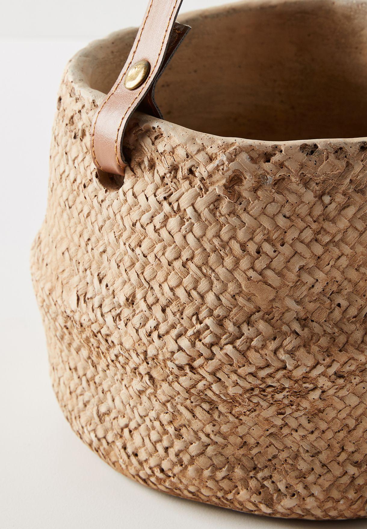 وعاء نباتات من السيراميك
