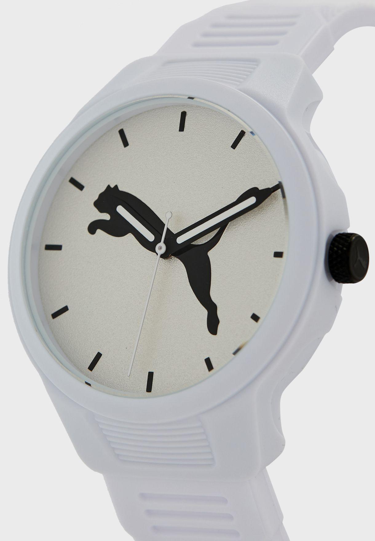 ساعة انالوج