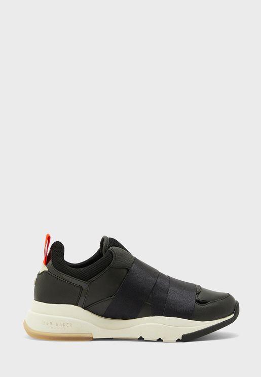 binx low top sneaker