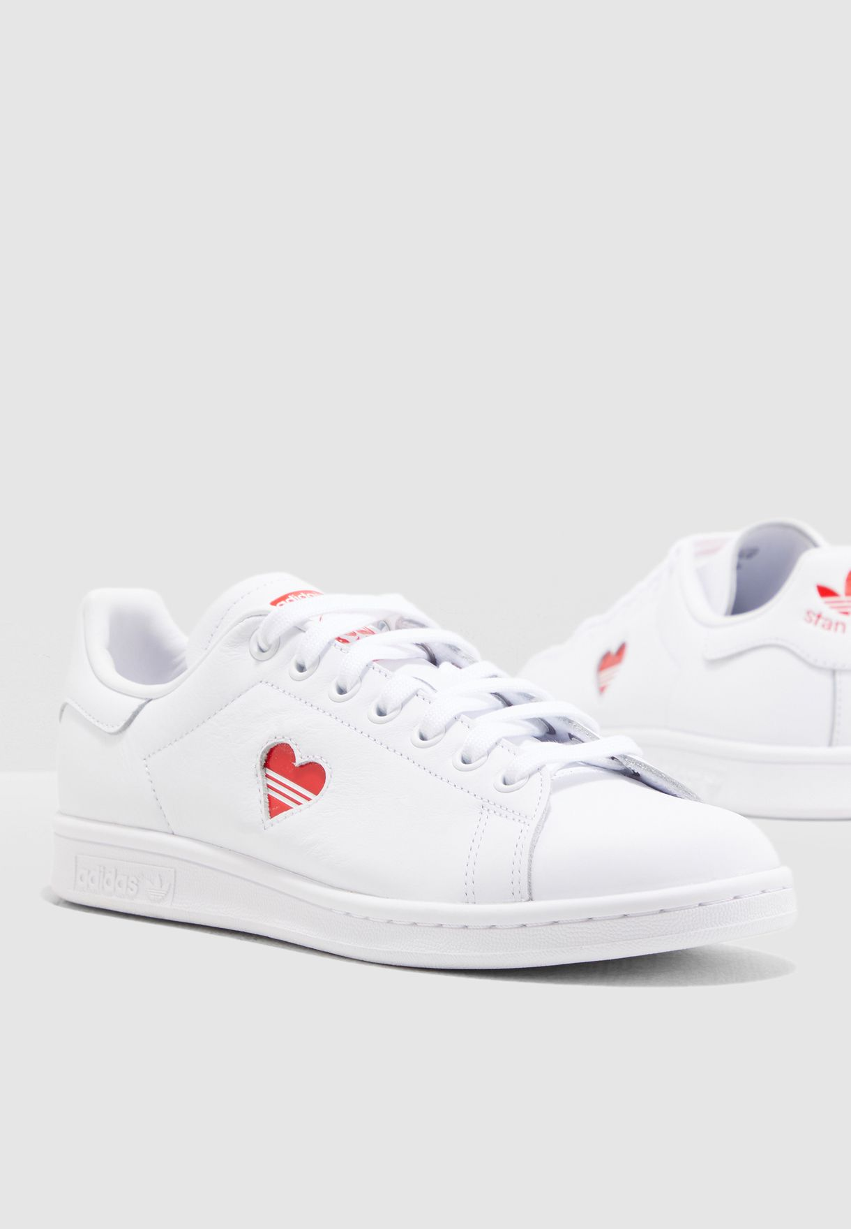 hot sale online a0fa1 ca0cb Shop adidas Originals white Stan Smith G27893 for Women in UAE ...