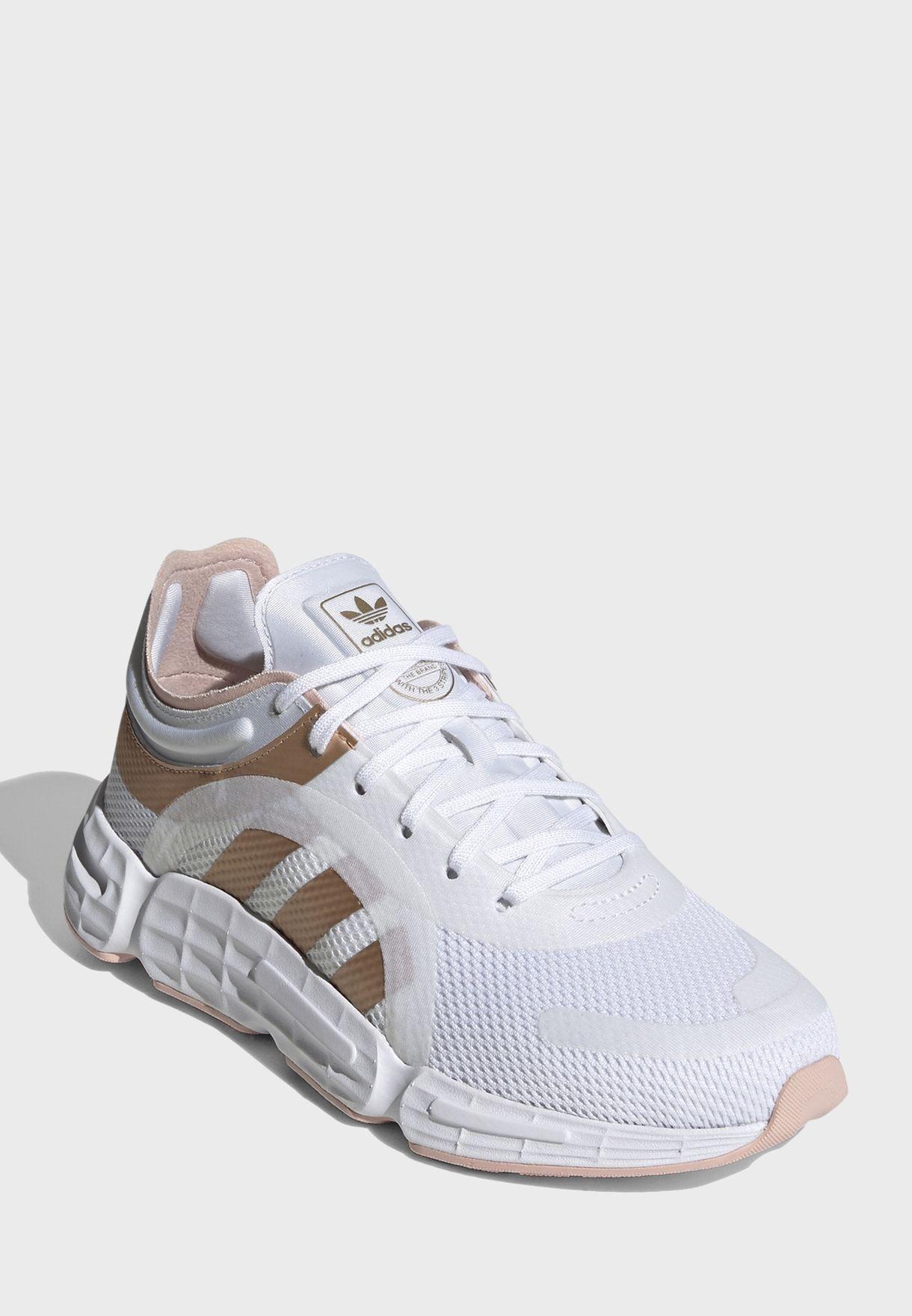 حذاء سوكو