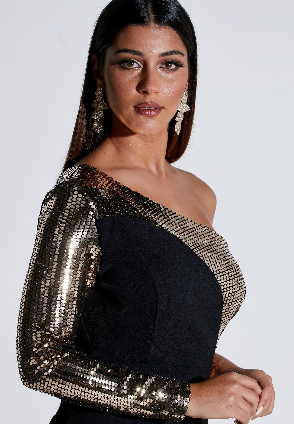 فستان مكسي بكتف واحد مزين بترتر