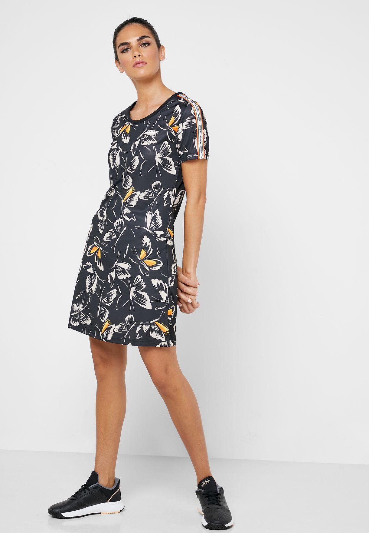 فستان من مجموعة فارم