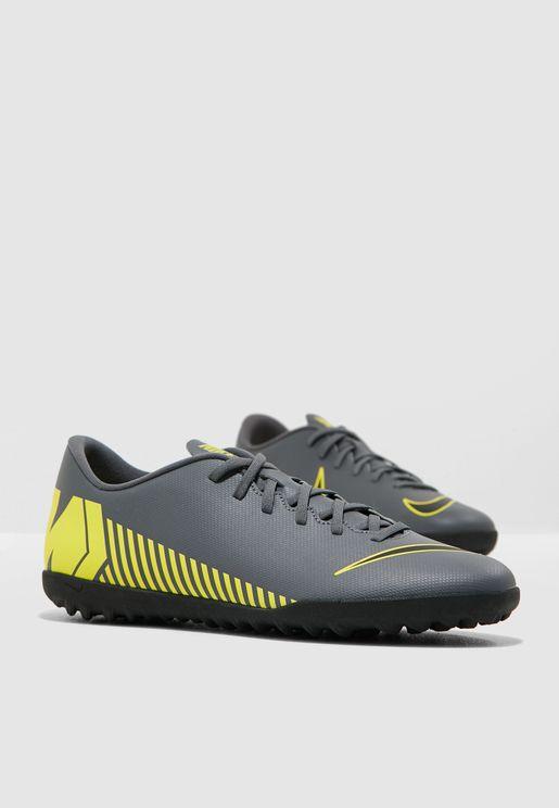 bd2a8136209f6 احذية كرة قدم للرجال ماركة نايك 2019 - نمشي السعودية