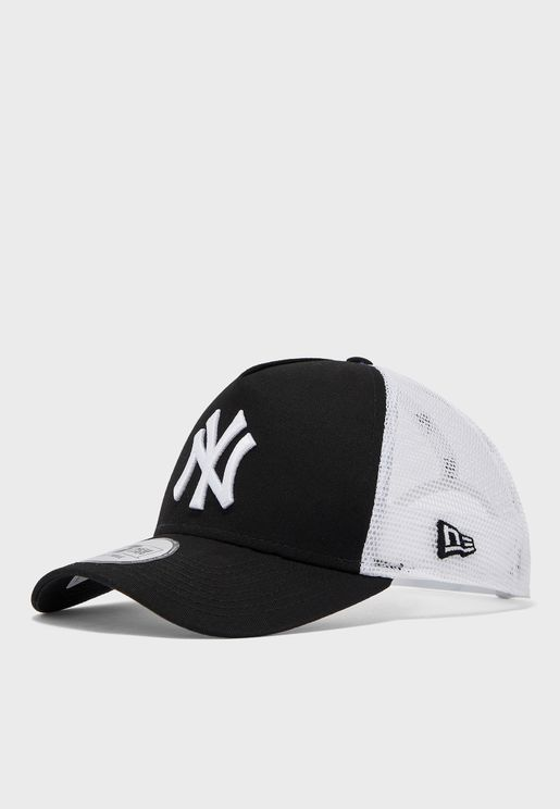 9Forty New York Yankees Clean Trucker