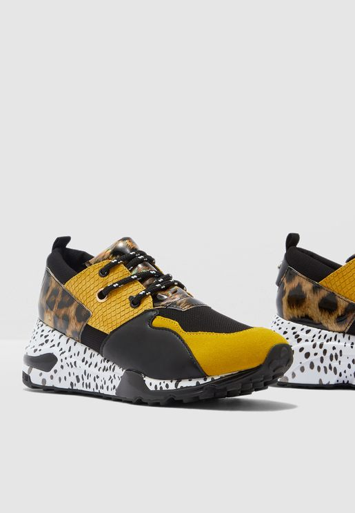 Cliff Low-Top Sneaker - Yellow