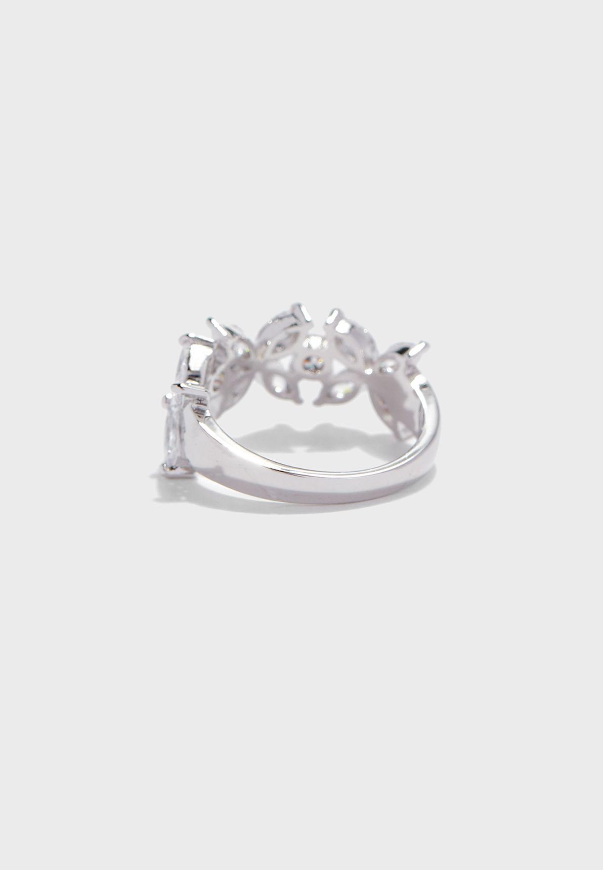 Amithrawiel Rhinestone Ring