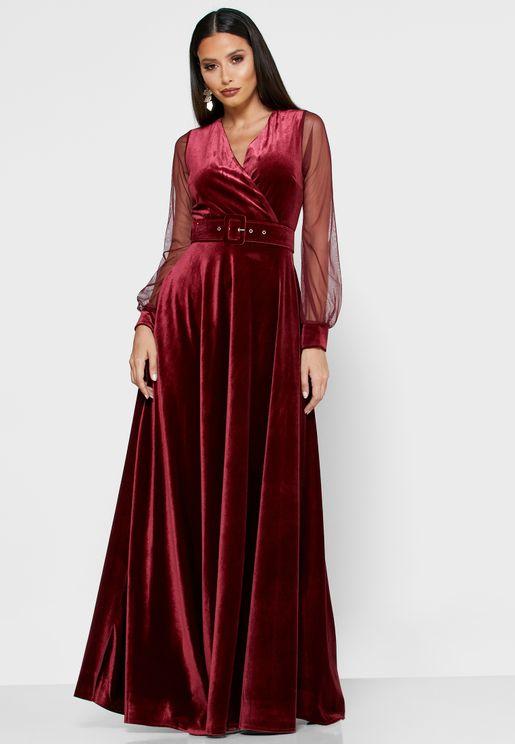فستان مخمل باكمام شبك