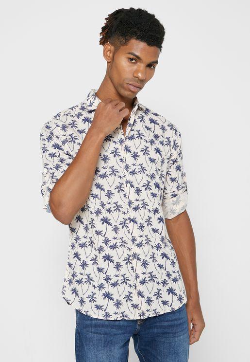 قميص بطبعة شجر نخيل