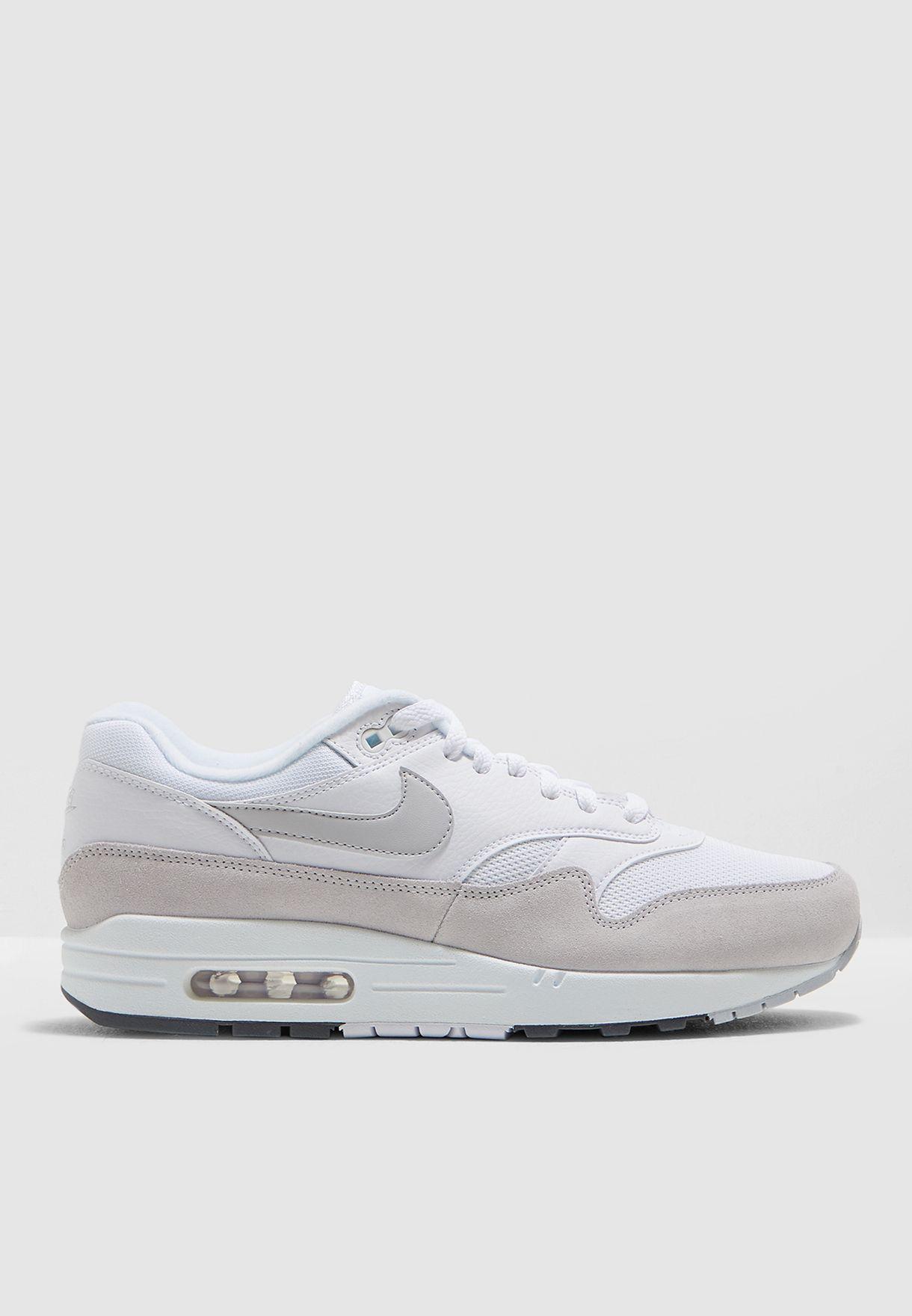 حذاء اير ماكس 1