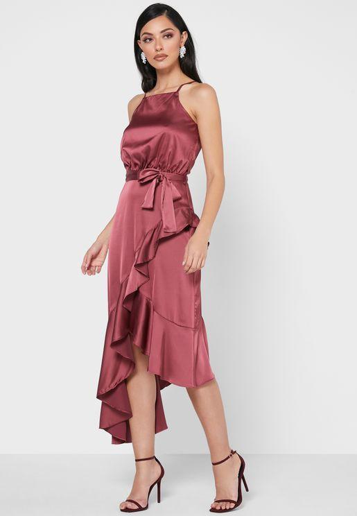 فستان لف بحواف مكشكشة