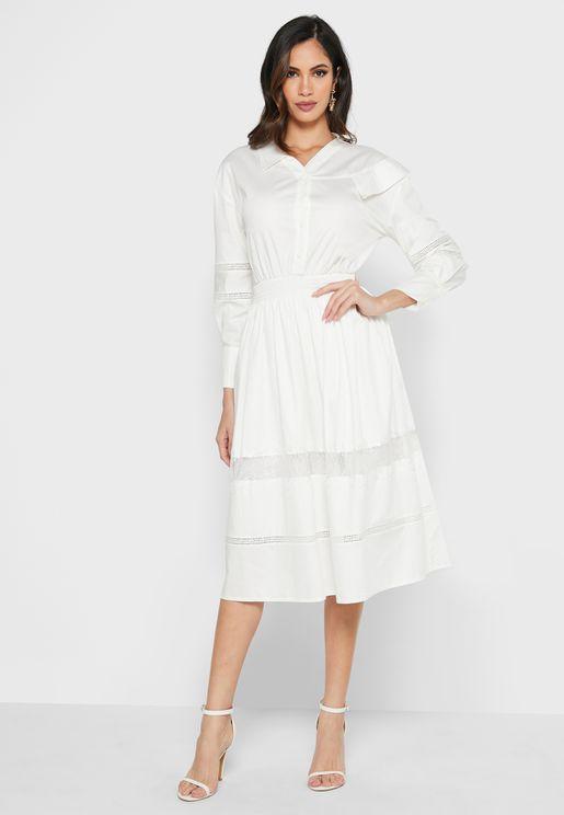 فستان مزين بحافة دانتيل