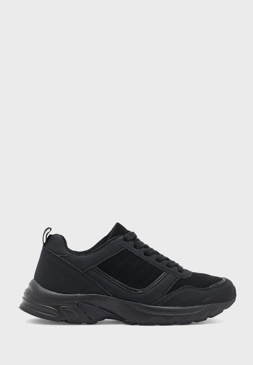 Blake Dad Low Top Sneaker