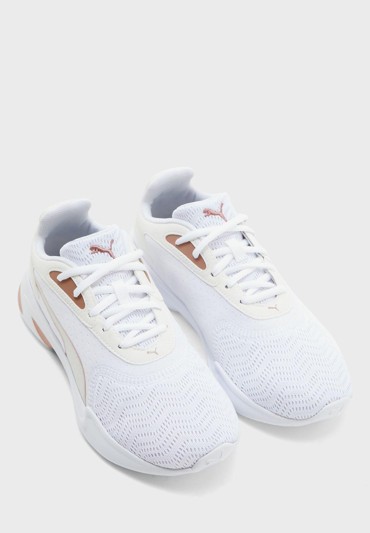 حذاء جارو ميتال
