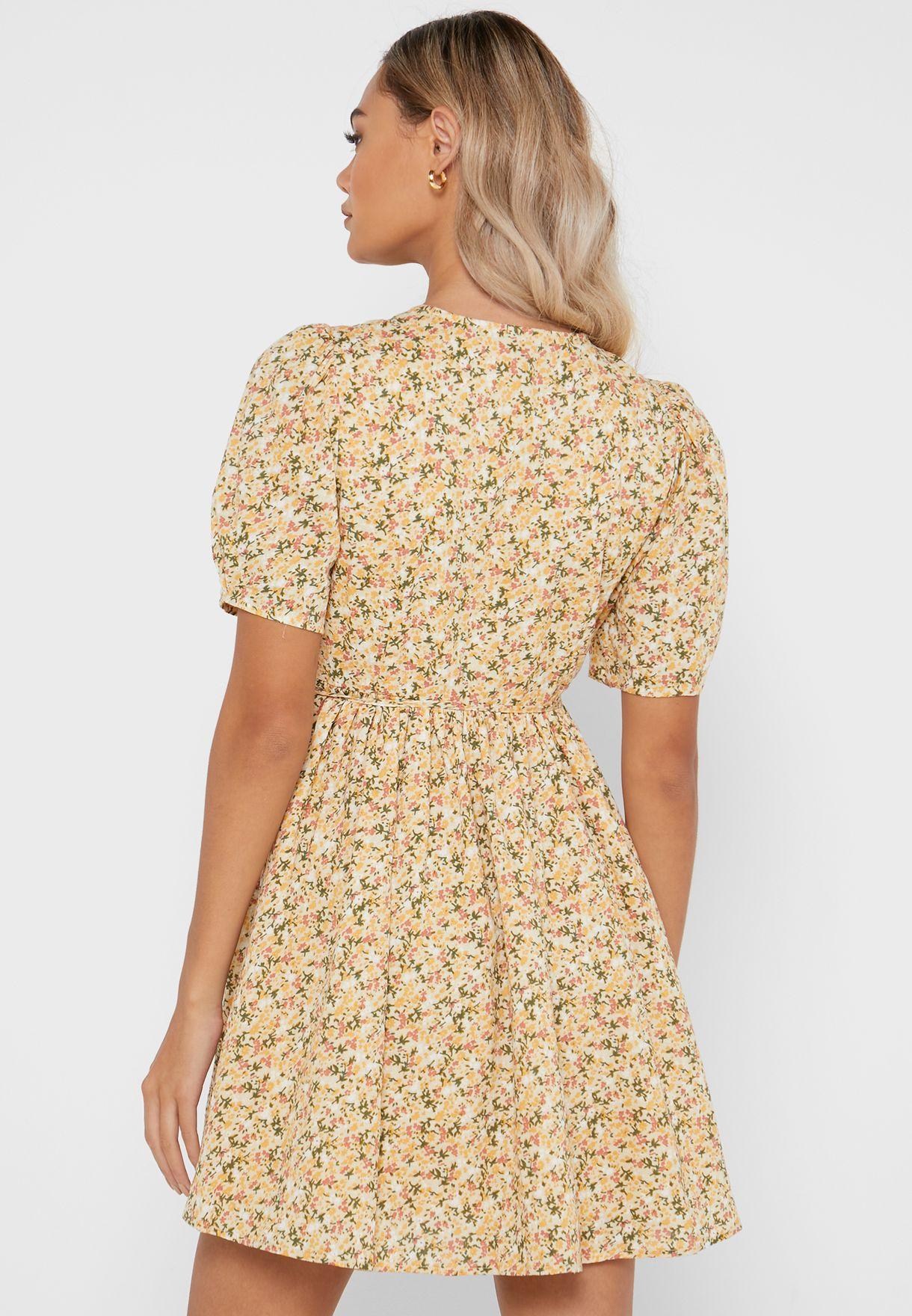 فستان لف بطباعة زهور