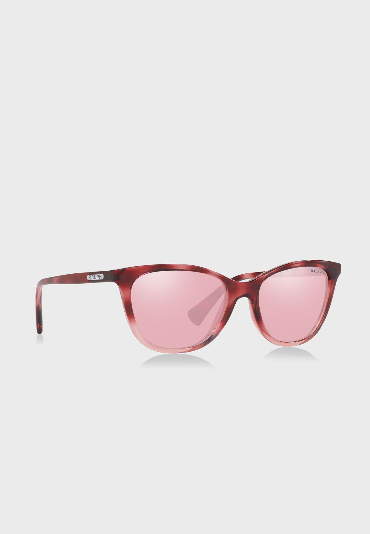 نظارة شمسية بعدسات عاكسة