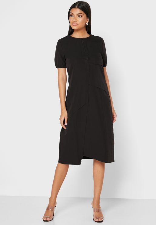 فستان باطراف غير مدروزة