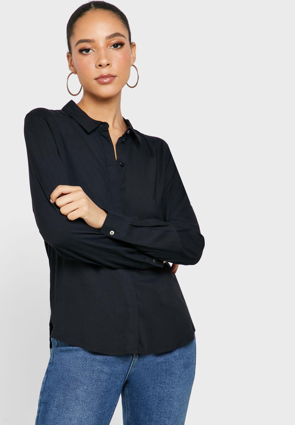 قميص باكمام طويلة ذات اساور