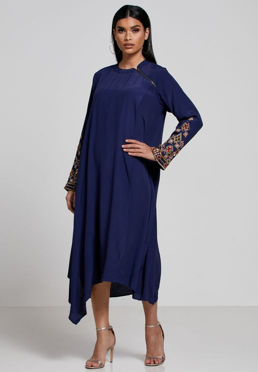 Embroidered Cuff Asymmetric Kurti