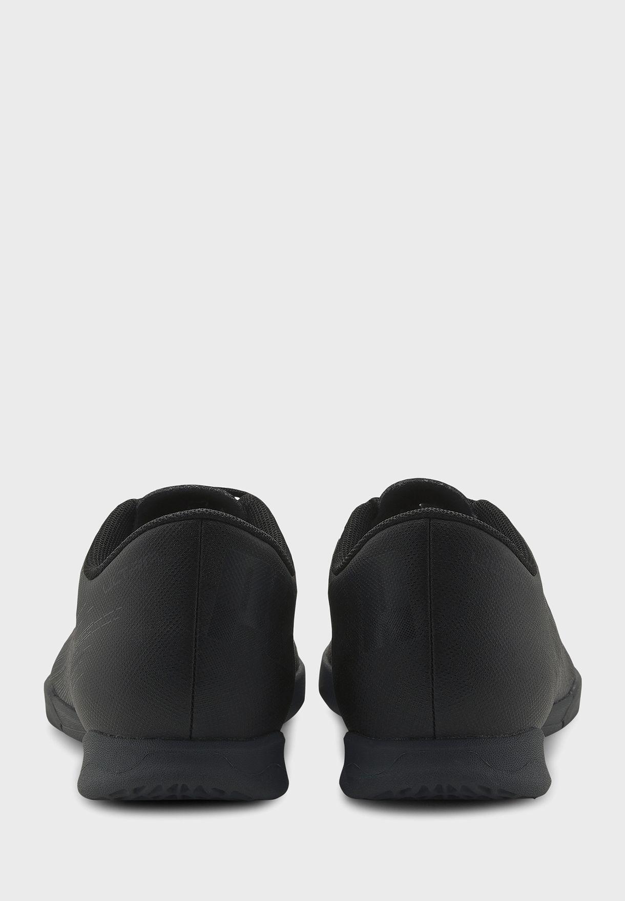 حذاء كرة قدم للرجال