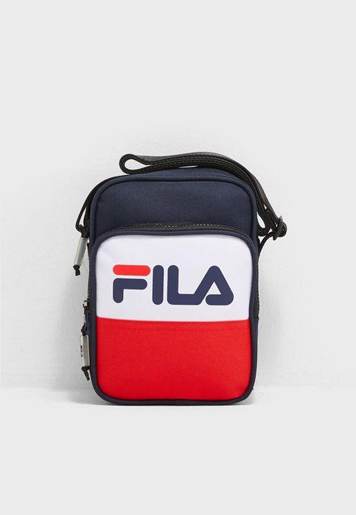 bc9cd90c61399 حقائب ساعي البريد رياضية للرجال ماركة فيلا 2019 - نمشي عمان