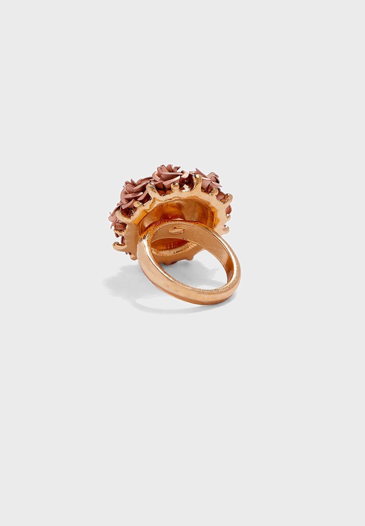 Derona Ring