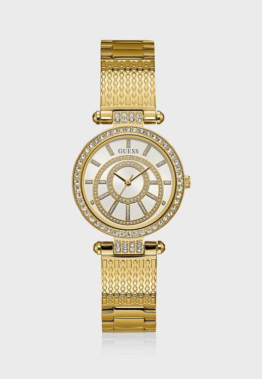 ساعة كلاسيكية مزينة بالكريستال