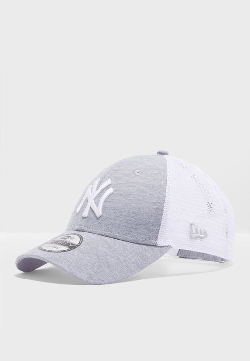 a6988ae8f3f89 9Forty New York Yankees Summer League Cap