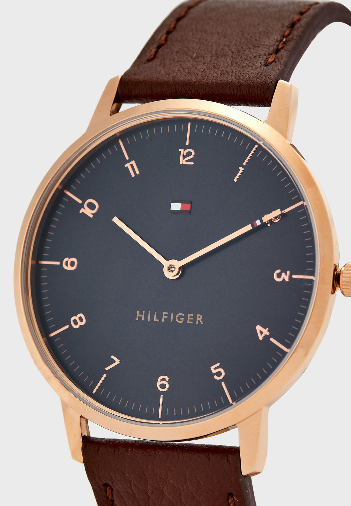 1791582 Leather Strap Analog Watch