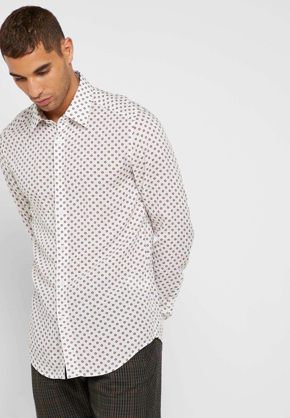 قميص كلاسيكي بطبعات