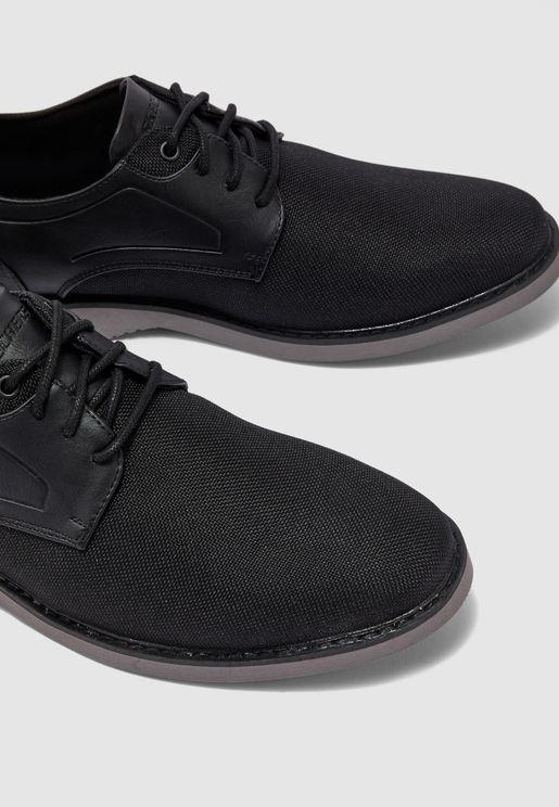 حذاء بارتون