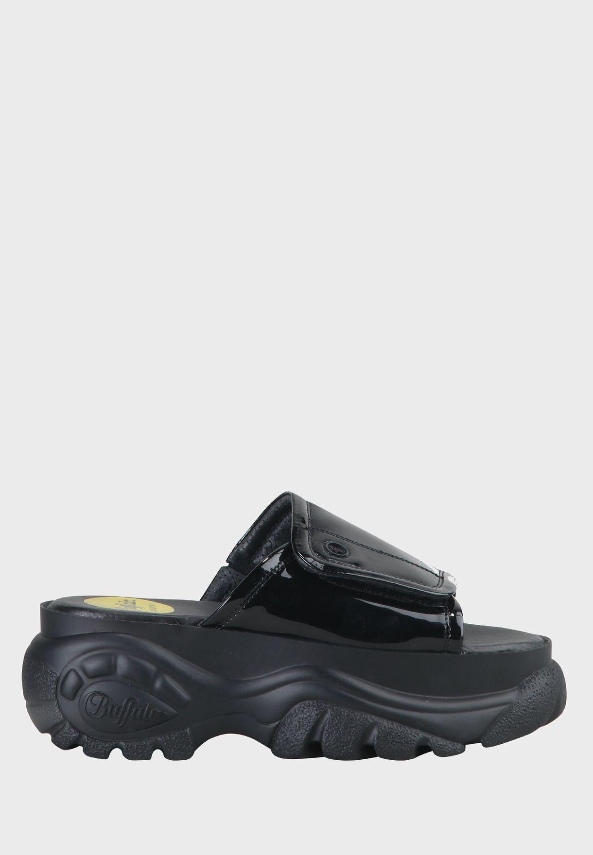 Classic Slide Flat Sandal