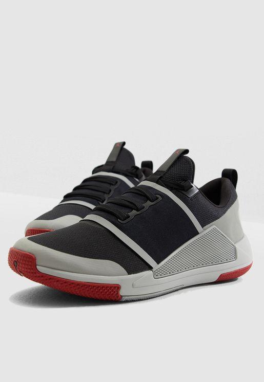 حذاء جوردان دلتا سبيد للارض العشبية
