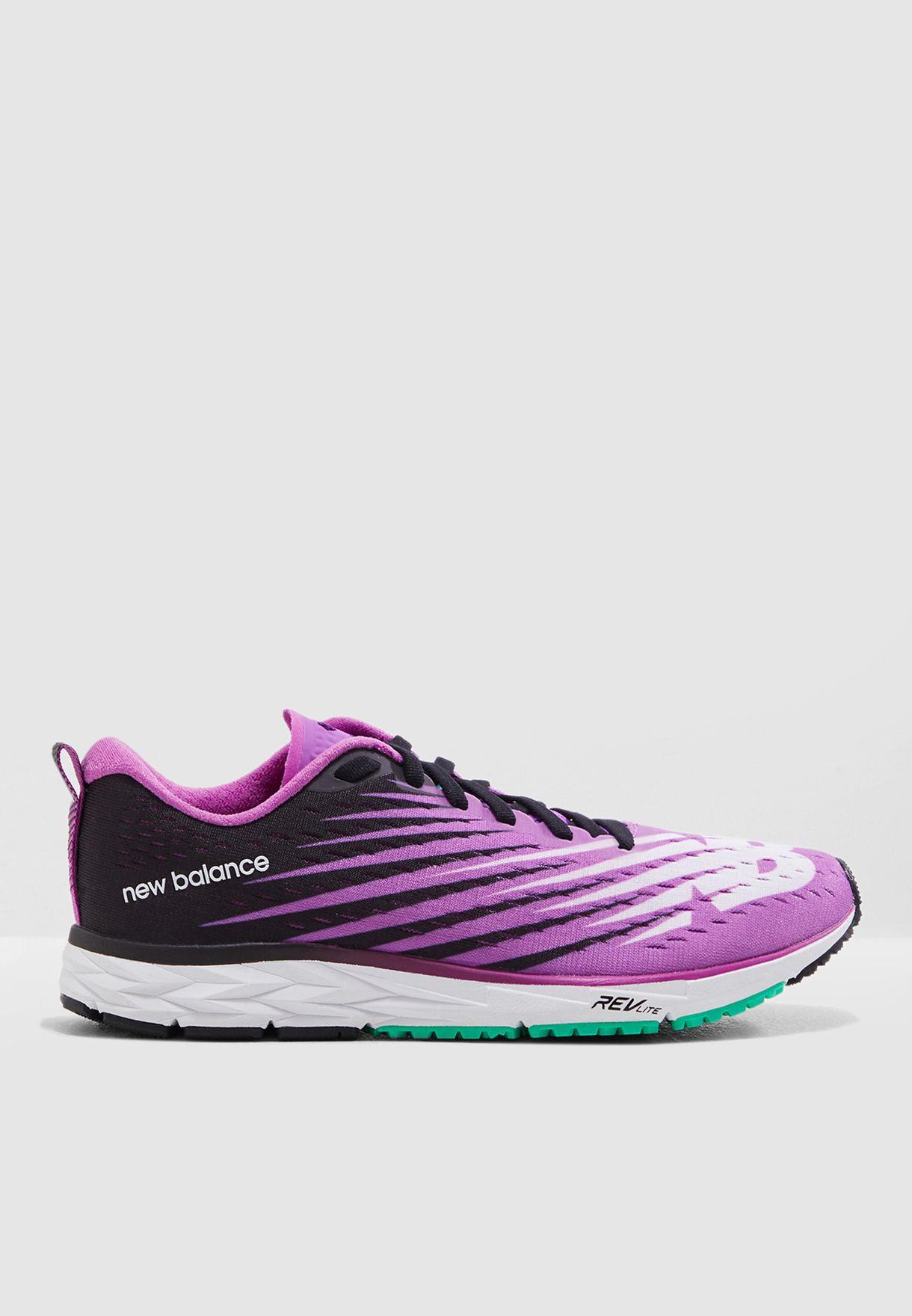 حذاء 1500 في 5