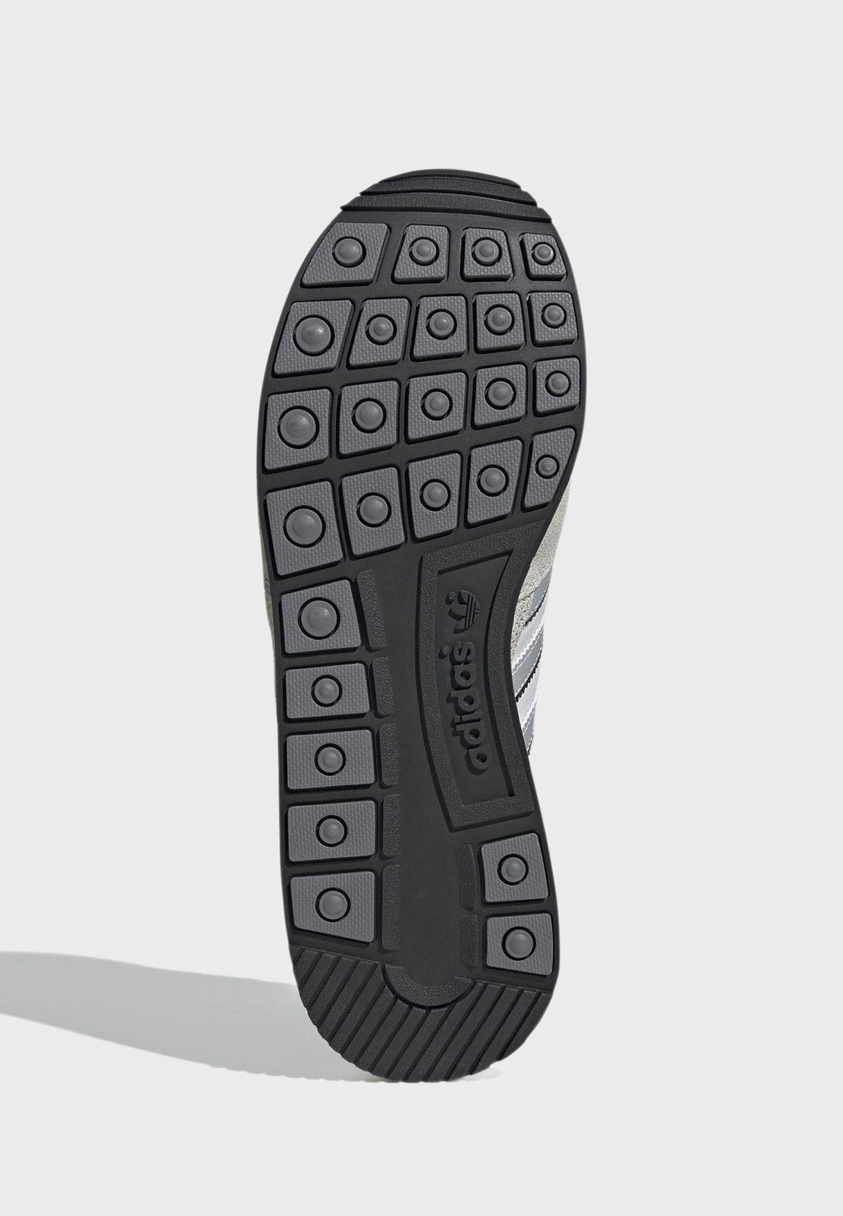 حذاء زد اكس 500